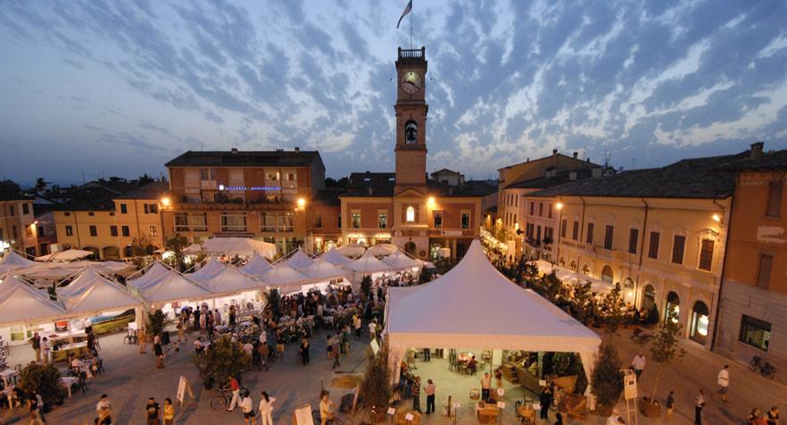 Foto di Enrico Filippo Camerachiara dal sito www.festartusiana.it/