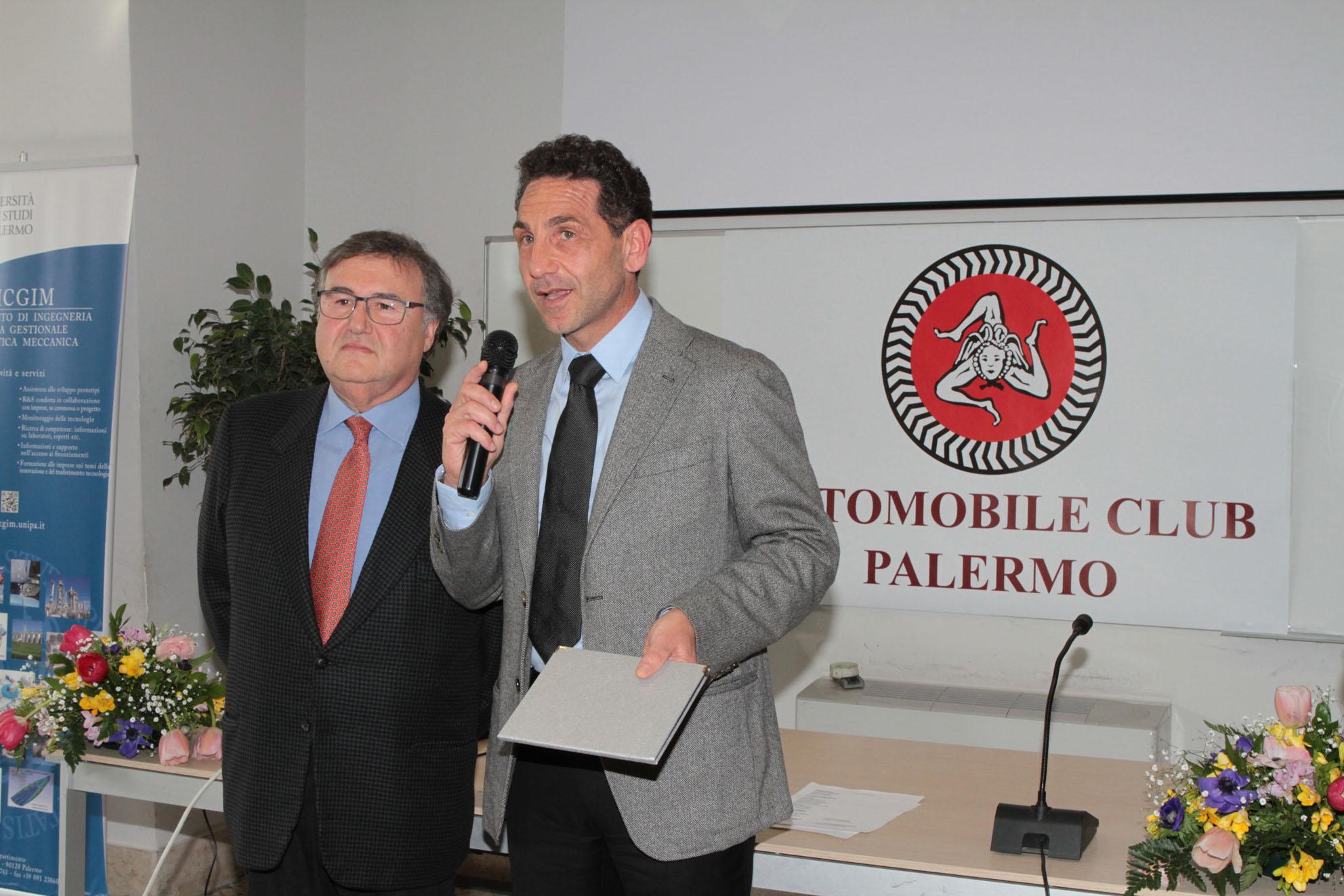 Giuseppe Bellomare della Comm Sportiva e Giosuè Rizzuto Camp Mondiale Ferrari Challenge
