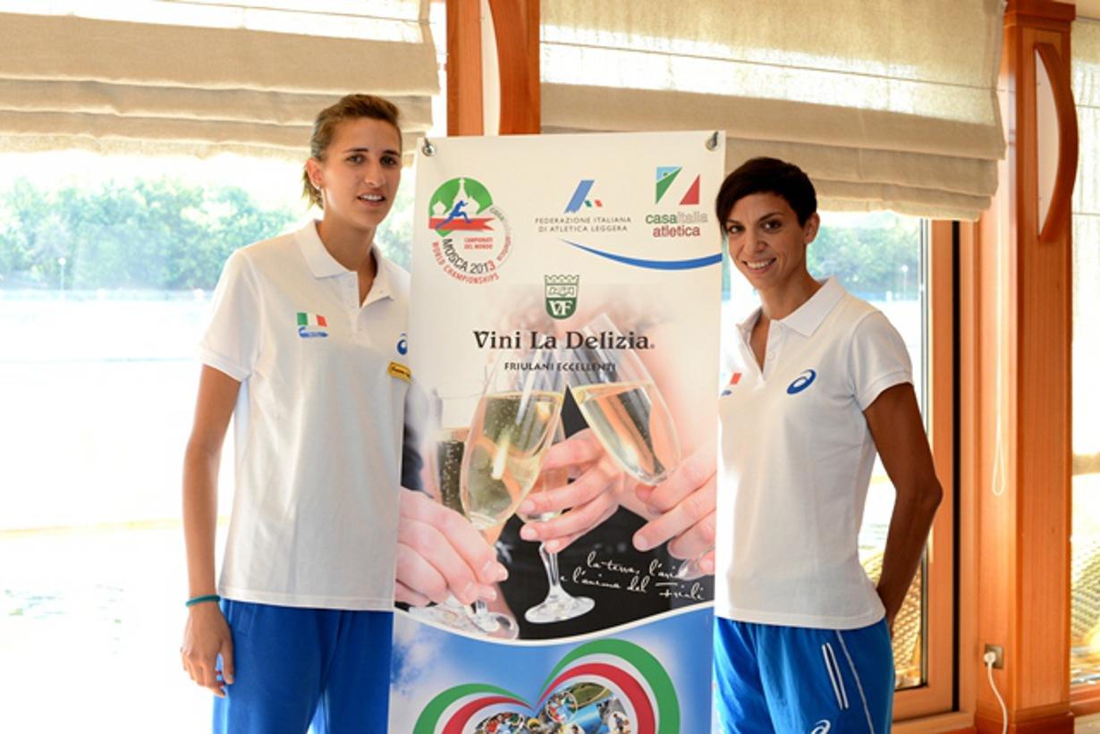 Le-atlete-friulane-Alessia-Trost-e-Marzia-Caravelli-a-Mosca-con-i-Vini-La-Delizia
