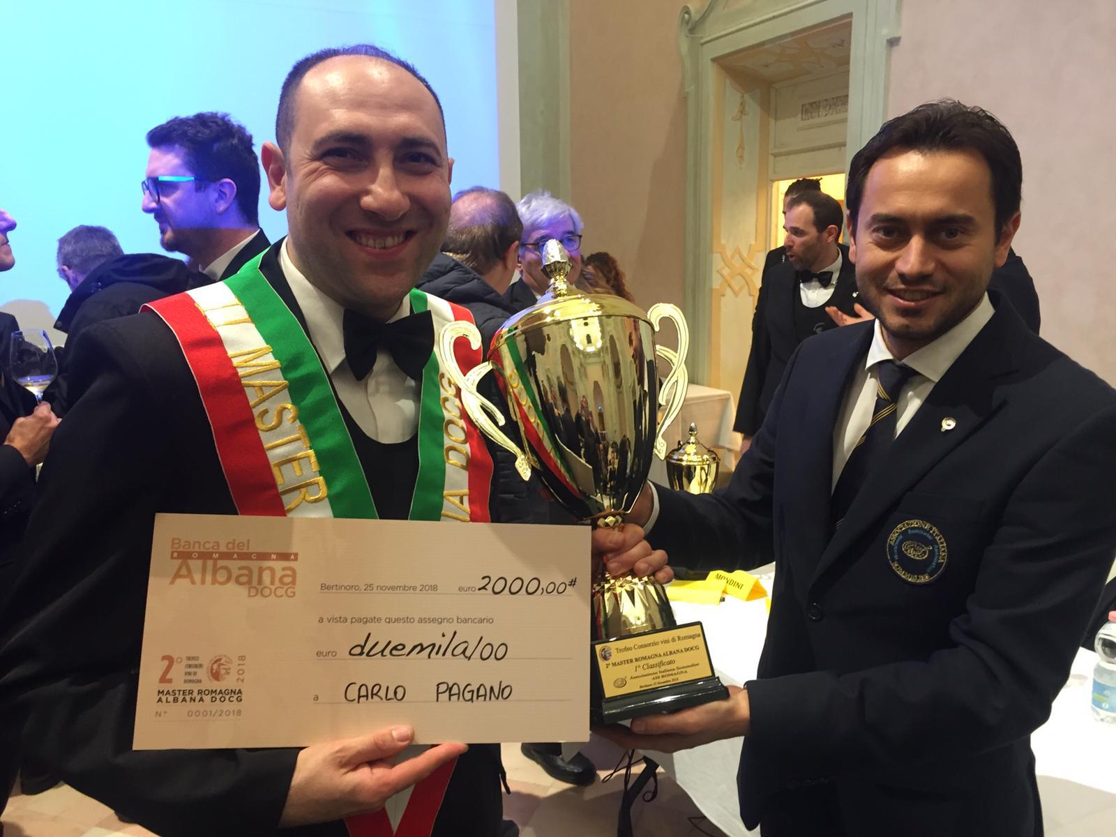 Pagano premiato da Marco Casadei vincitore edizione scorsa